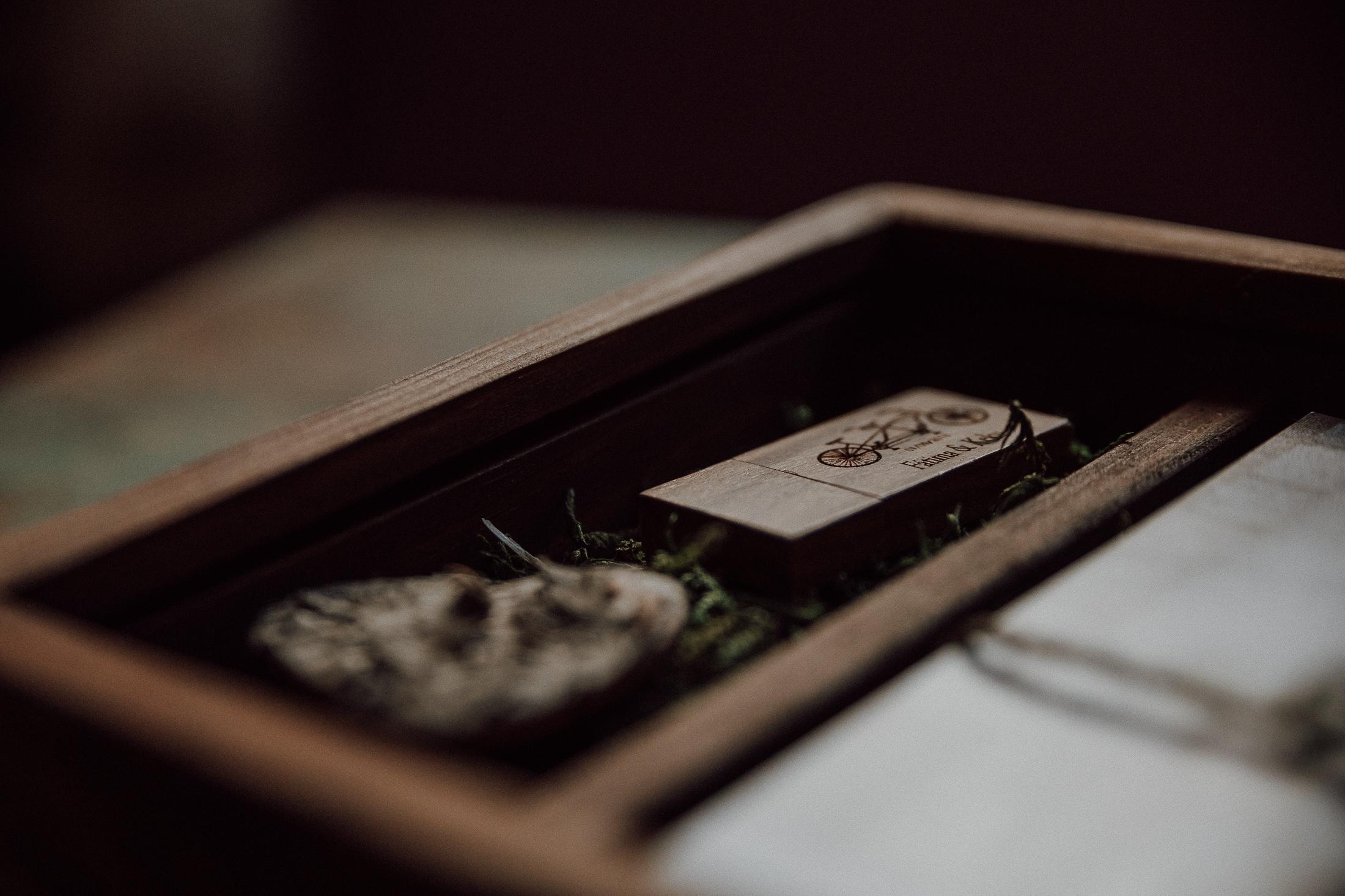 Caja presentacion entrega trabajos uliarte fotografia